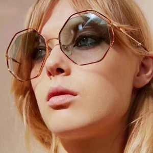 Очила Очила g8322-66 осмоъгалник/лео-черни стъкла 2734